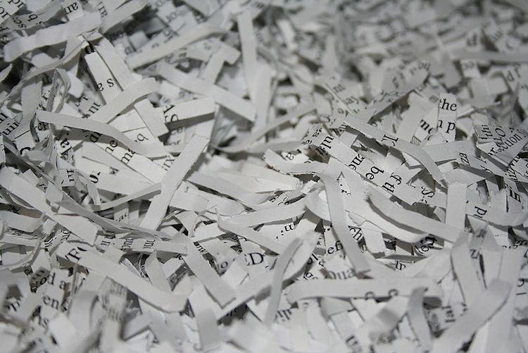 morceaux de papier