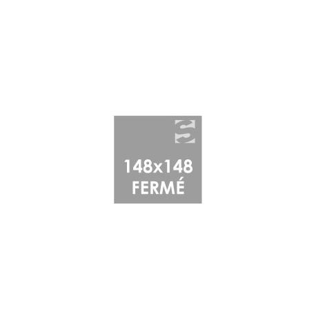 Dépliants format fermé 148x148 mm.