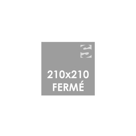 Dépliants format fermé 210x210 mm.